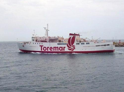 Oglasa Traghetto di linea per Elba Compagnia Marittima Toremar