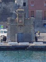 Portoferraio Fanale a Luce Ritmica su Molo Gallo - Traghetto Elba