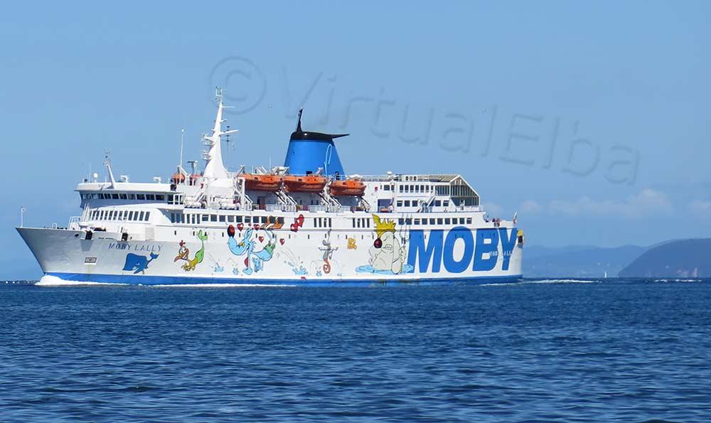 Elba Traghetto Moby Lally durante la linea Piombino Portoferraio
